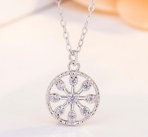 Love necklace   S925 sterling silver Zircon round pendant jewelry Best Gift