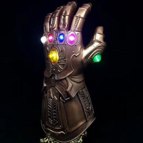 Avengers 4  thanos hand case Toys